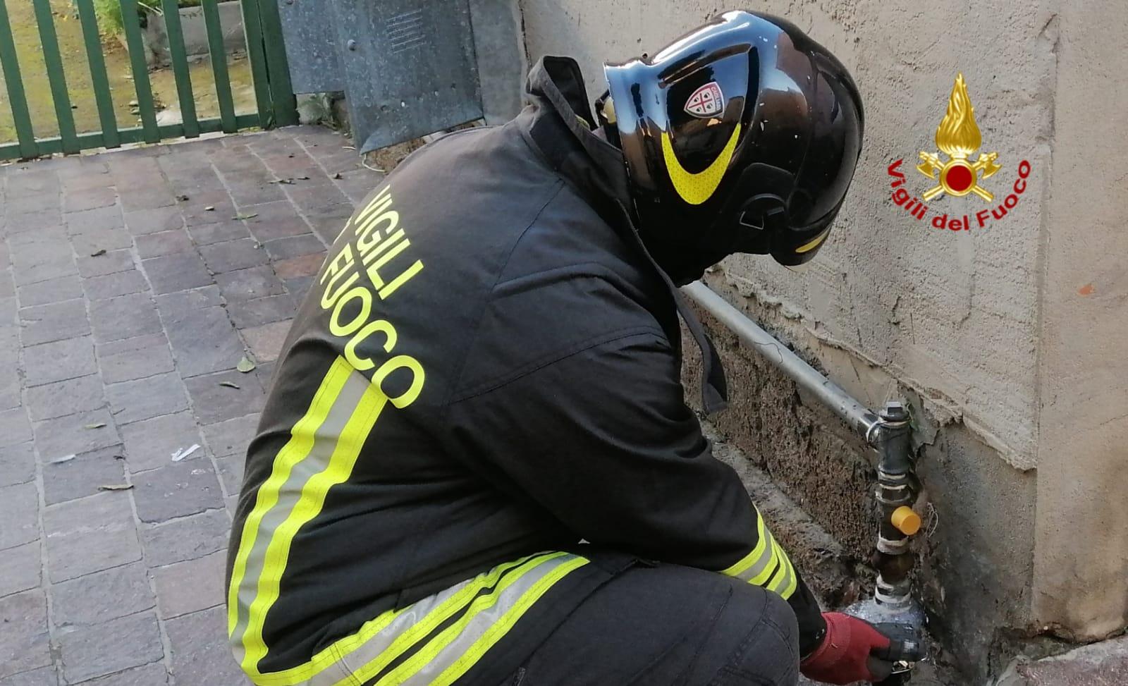 Fuga di gas a Sarroch: intervengono i Vigili del fuoco
