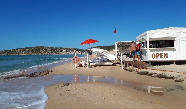 """In Sardegna chioschi aperti tutto l'anno. Protesta il Grig: """"No a privatizzazione spiagge"""""""