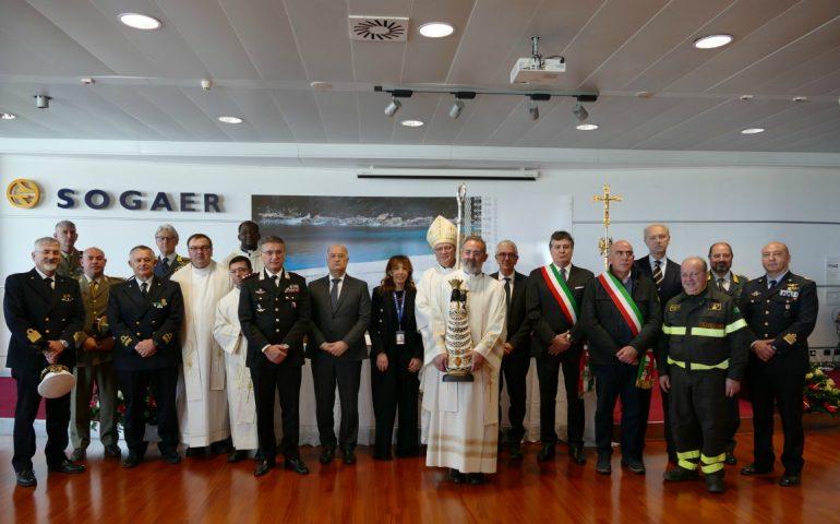 Oggi all'aeroporto di Elmas la messa per salutare la Madonna di Loreto