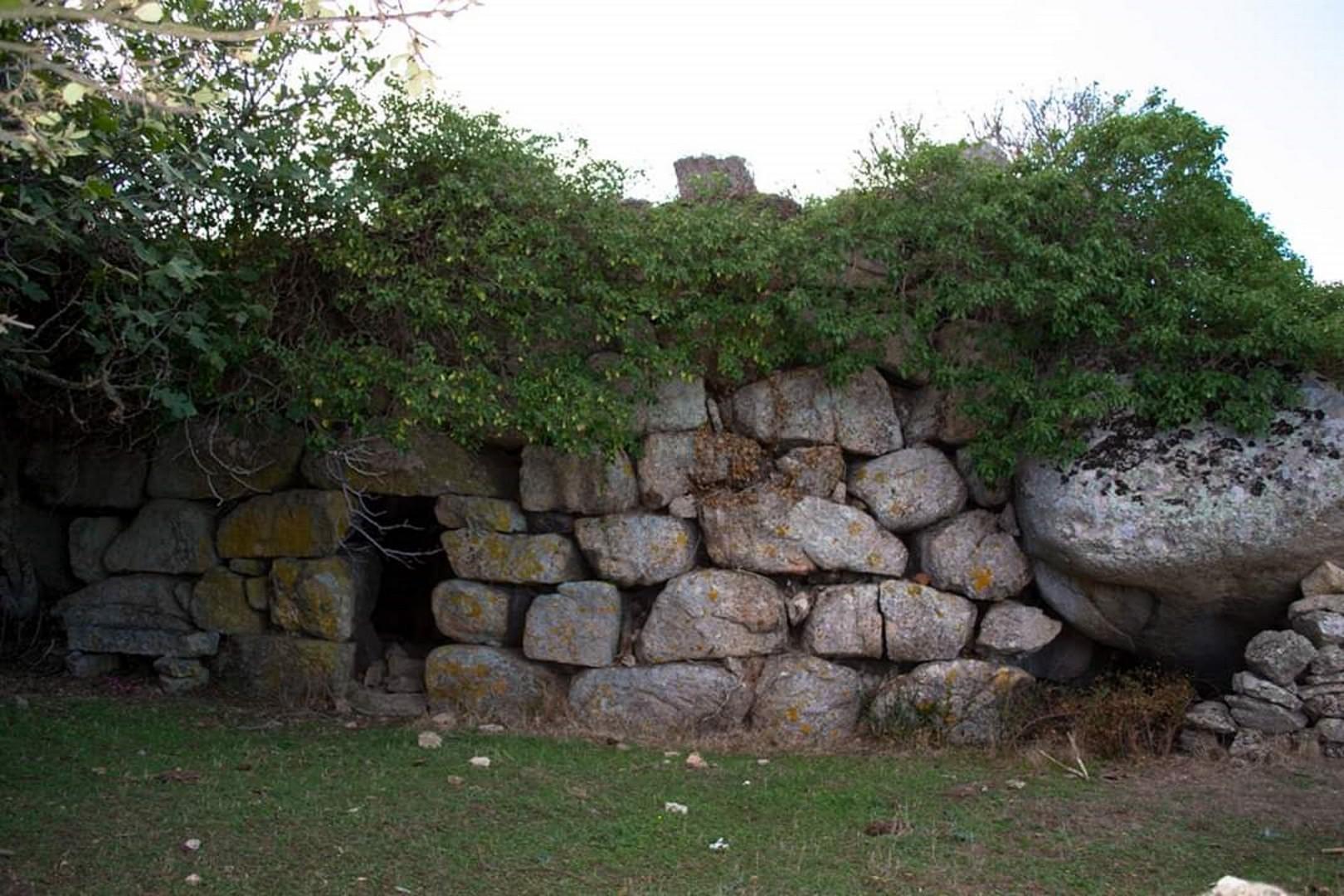 Calangianus (SS), Complesso nuragico di Monti di Deu