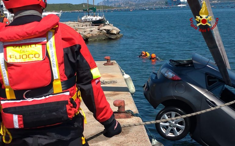 Auto cade nelle acque del porto di Olbia: gravissimo un uomo
