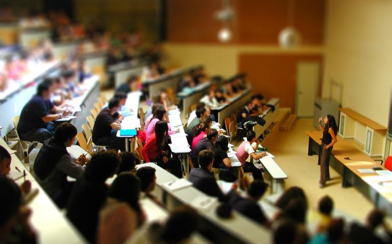 Cagliari: da domani l'esame d'ammissione alla Facoltà di Medicina, mascherina e autocertificazione obbligatoria
