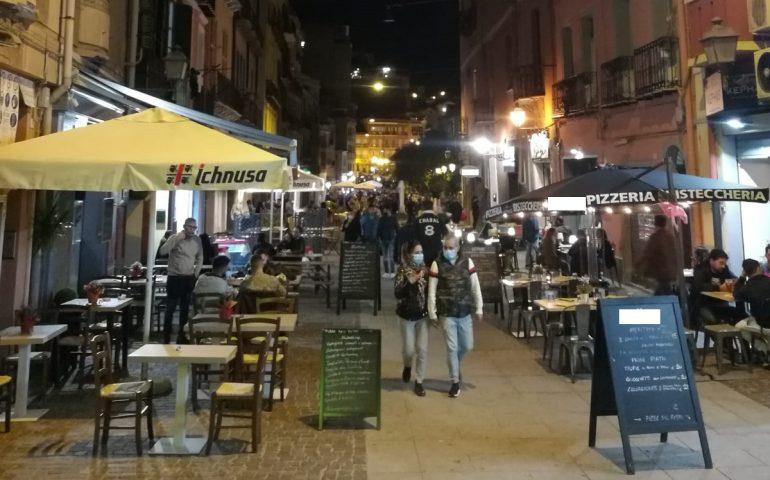 """""""Bar e ristoranti aperti fino alle 22 in Sardegna"""": la mozione della Lega in Consiglio regionale"""