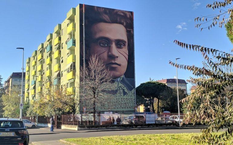 A Firenze un mega murale dedicato ad Antonio Gramsci