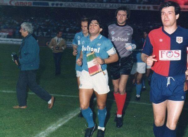 (VIDEO) L'incredibile semifinale di Coppa Italia giocata tra il Cagliari e il Napoli di Maradona