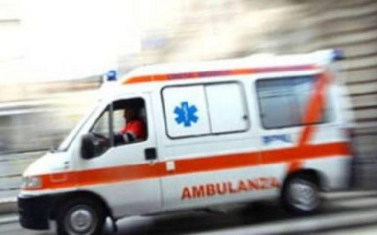 Incidente alla rotonda di Margine Rosso: 31enne in codice rosso al Brotzu