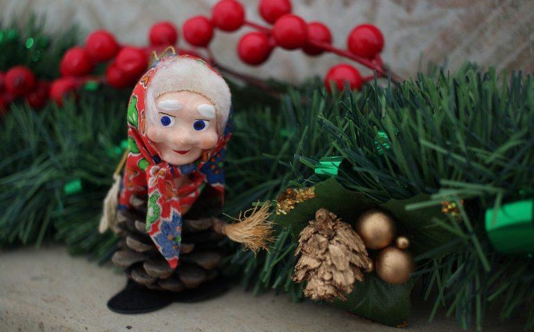 La Befana: la leggenda della vecchietta alla ricerca di Gesù Bambino