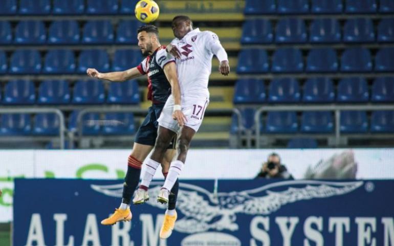 Il Cagliari perde anche con il Torino: ora la classifica è un incubo