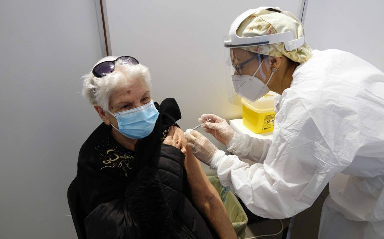 Sardegna, in arrivo 86mila dosi di nuovi vaccini