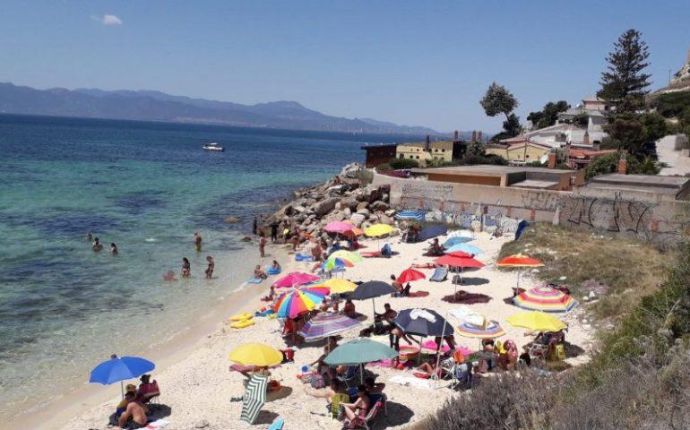 Cagliari, progetto Spiagge Guarenti alla spiaggiola di Sant'Elia