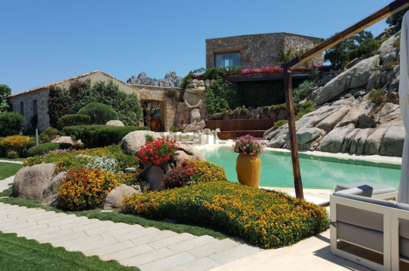 Villa a Baja Sardinia venduta da Sotheby's Italia - Foto Idealista (1)