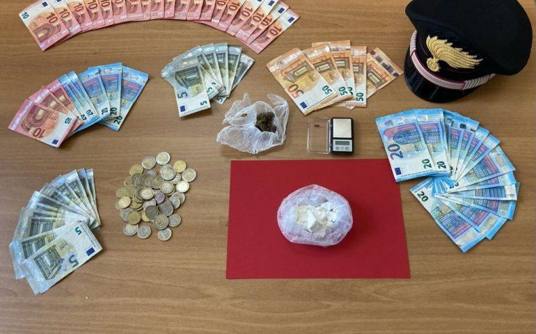 Cagliari, carabinieri cercano una bici rubata e trovano cocaina e marijuana: 49enne in manette