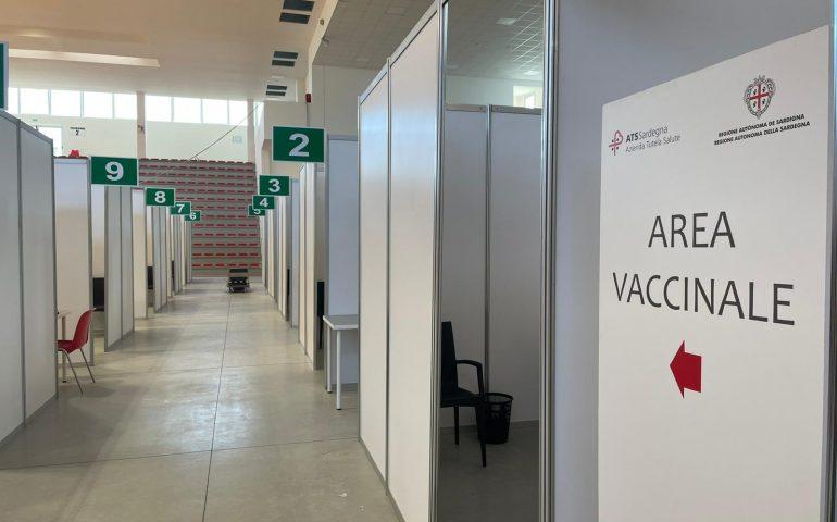 Vaccini, vicino il milione di persone vaccinate in Sardegna con la prima dose