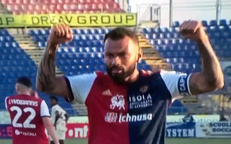 Tris rossoblu alla Sardegna Arena: il Cagliari vince 3-2 contro la Roma