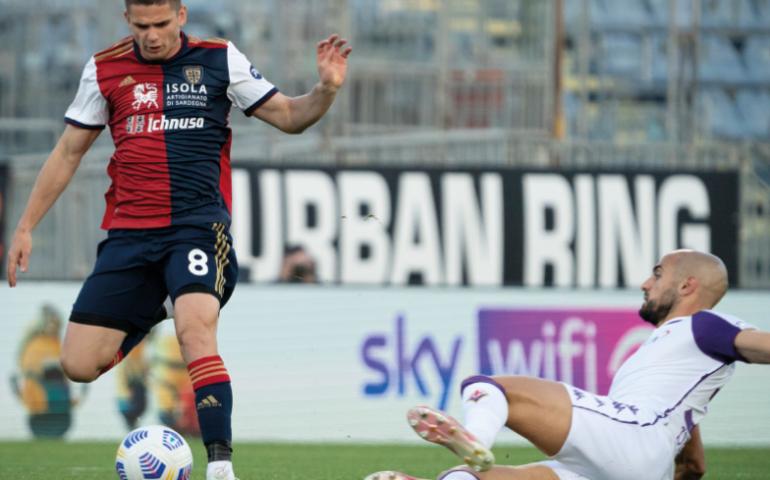 Reti bianche e niente emozioni alla Sardegna Arena: Cagliari – Fiorentina finisce 0-0