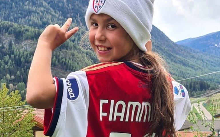 Una maglia per Fiammetta, la piccola tifosa rossoblù che studia in Dad nelle montagne del Trentino