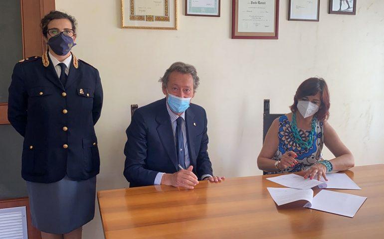 """L'impegno della Polizia di Stato contro la Violenza di genere: a Cagliari rinnovato il Protocollo """"Zeus"""""""
