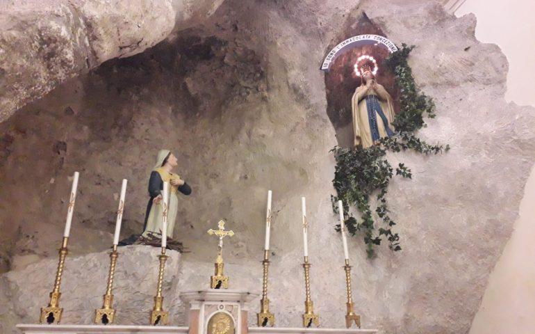 Lo Sapevate? In una chiesa di Cagliari esiste la riproduzione della grotta di Lourdes
