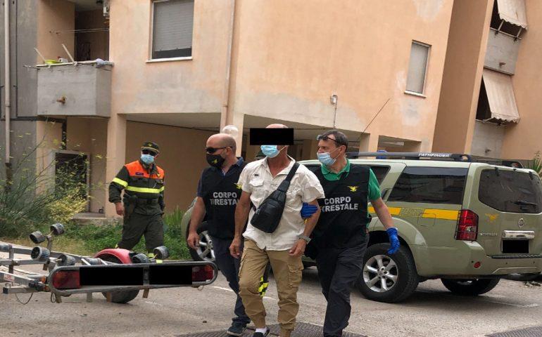 Appiccava roghi in Sardegna da un anno: incendiatore seriale arrestato dal Corpo Forestale
