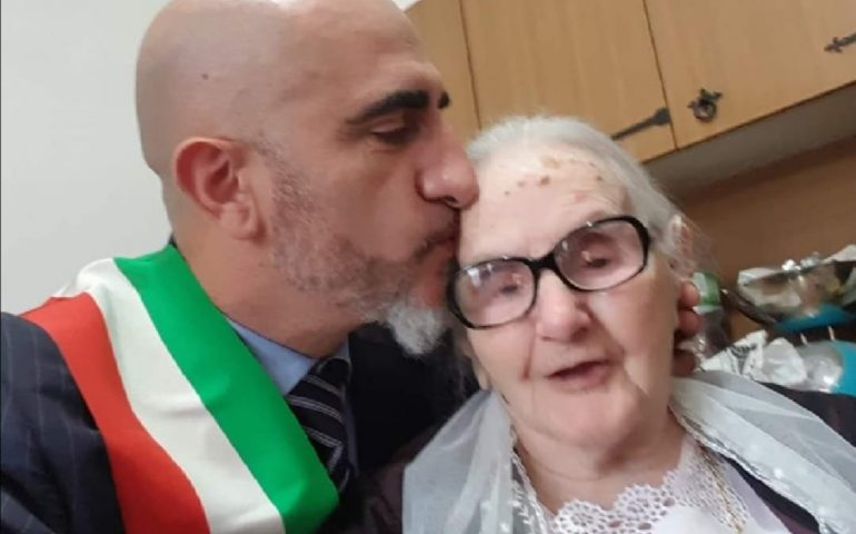 "Sardegna terra di longevità. ""Tzia"" Maria Pirarba spegne 103 candeline"