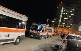 Giornata di super lavoro al Ps del Brotzu: oltre 150 accessi in 24 ore e code di ambulanze nella notte