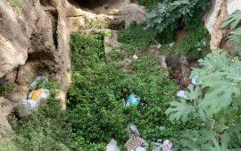 Ripulite, per la seconda volta in un mese, le tombe romane della scalinata di Bonaria
