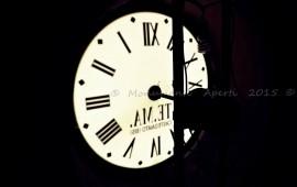 orologio campanile ( foto Roberto Mirai)