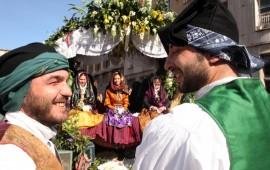 Volti e colori della Sardegna alla sfilata di Sant'Efisio 2015
