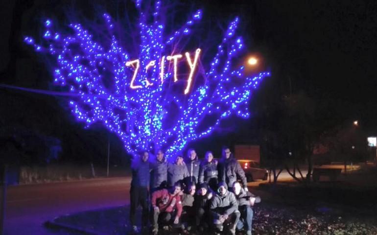 Auguri Originali Buon Natale.Buon Natale Da Z City Gli Auguri Originali Degli Abitanti