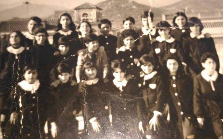 Come eravamo. Le alunne della seconda media femminile di Tortolì (1964-65)