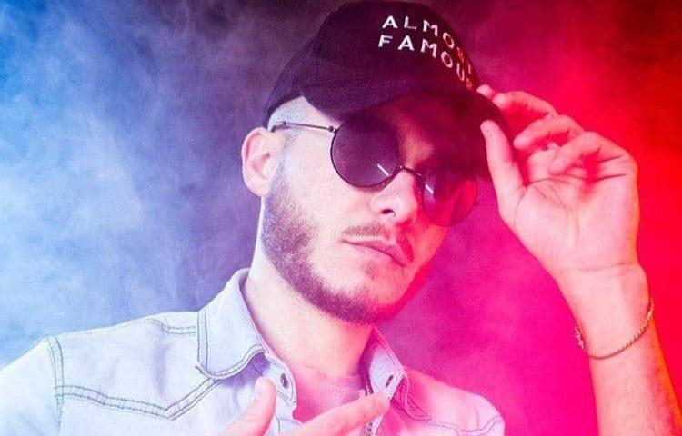 Il cantante tortoliese Marco Cannas, in arte Young Zeep, racconta la sua passione per la musica