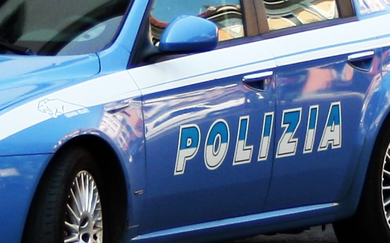 Nuoro, controlli speciali della Polizia. 26 veicoli fermati, 4 persone alla guida in stato di ebbrezza