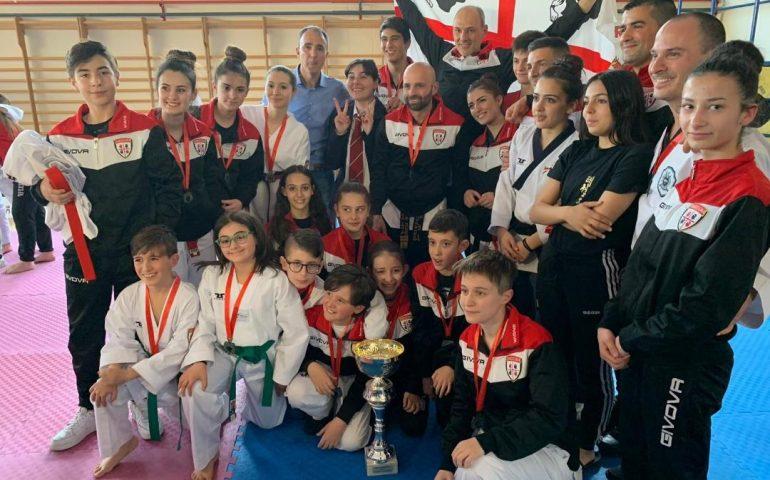La squadra sarda di Taekwondo prima al campionato nazionale di Arezzo. Presente anche l'ogliastrina Margherita Chessa