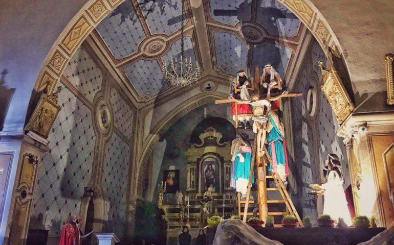 Seui, si rinnova l'antico rito de Su Scravamentu: stasera la deposizione del Cristo dalla croce
