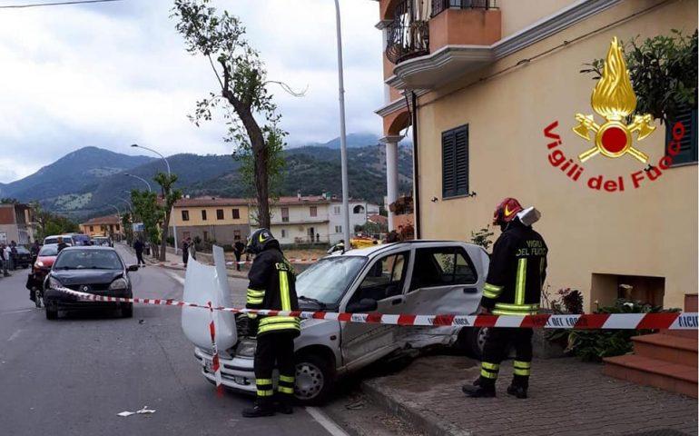 Coppia di anziani coinvolta in un grave incidente a Tertenia. Muore il marito, grave la moglie