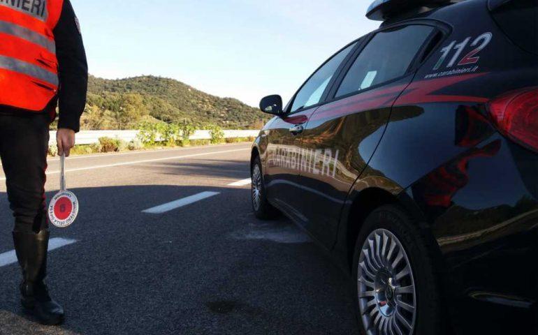 Ubriaco, inveisce e minaccia i Carabinieri. 60enne denunciato per oltraggio e minaccia a pubblico ufficiale