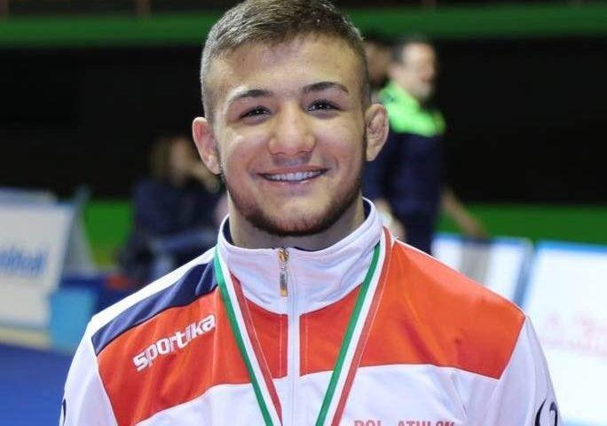 Lotta libera, il giovane sardo Piroddu conquista l'oro ai campionati europei di Faenza