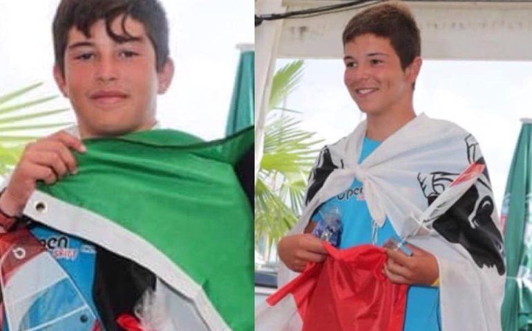 Vela, i giovani fratelli Nonnis sul podio dei campionati europei O'pen Skiff. Orgoglio per Tortolì/Arbatax