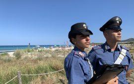 Impiccano due cani a Budoni. Denunciati due giovani dai carabinieri per quest'atto di crudeltà