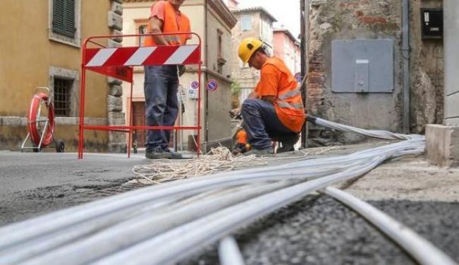 La banda ultra larga in Sardegna c'è, ma non è attiva. Tanti comuni restano isolati