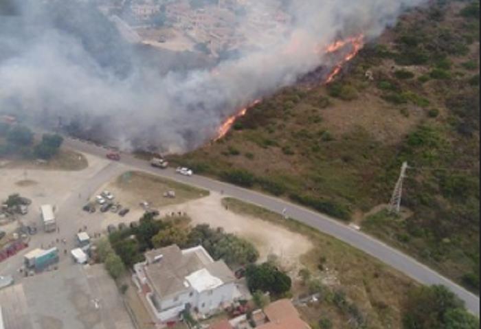 Niente tregua per il fuoco: anche ieri sull'Isola numerosi incendi. A Bitti in fumo 500 ettari