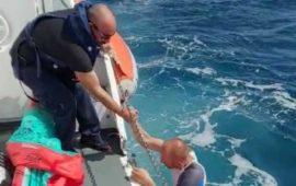 Arbatax, turista tratto in salvo dagli uomini della guardia costiera