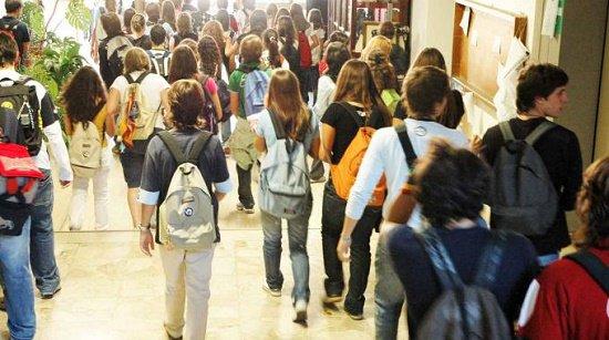 È suonata la campanella per 200mila studenti sardi: oggi il gran rientro in classe. Ma diamo uno sguardo anche a festività e ponti