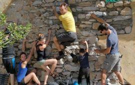 I climbers di Ulassai campioni di civiltà: alla fine delle vacanze raccolgono i rifiuti degli altri