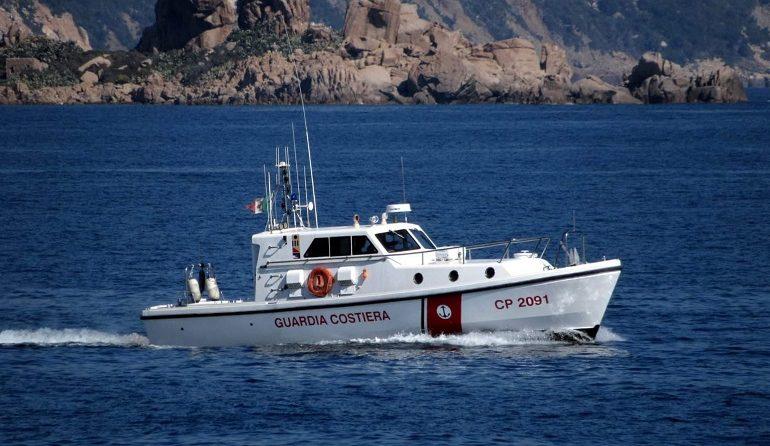 Arbatax, donna incinta soccorsa dalla Guardia Costiera