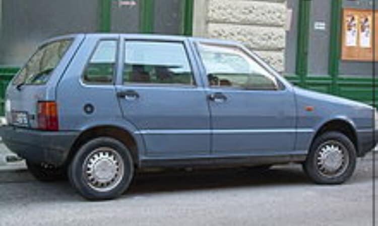 AAA Cercasi comparse con vecchie auto a Baunei per film ambientato negli anni '80. Riprese nel Supramonte