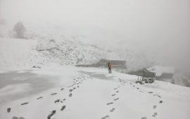 La Sardegna si tinge (finalmente) di bianco: la magia della neve a Fonni