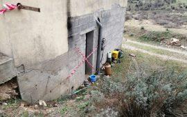 (FOTO) Raid incendiario a Villagrande. Nel mirino la casa di campagna di un consigliere comunale