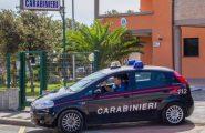 Carbonia, gelosa del compagno lo accoltella: 40enne in manette per tentato omicidio