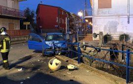Auto si schianta su una ringhiera a Lotzorai: feriti trasportati in ospedale